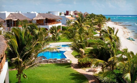 Four-Star Beachside Villas in Mexico
