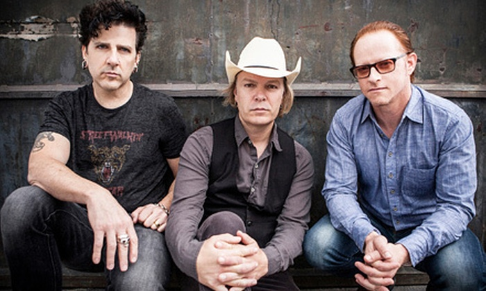 Dada - Mojoes: $14 to See Dada and 7Horse with One Drink at Mojoes on Saturday, February 2, at 9 p.m. (Up to $29.25 Value)