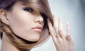 AK Studio Urody Anna: Strzyżenie i modelowanie (29,99 zł) z regeneracją włosów (59,99 zł) lub koloryzacją (79,99 zł) w AK Studio Urody Anna
