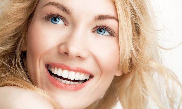 Cocoa Tanning Studio - Downtown Vancouver: One, Two, or Three 20 Minute Teeth-Whitening Sessions at Cocoa Tanning Studio (Up to 61% Off)