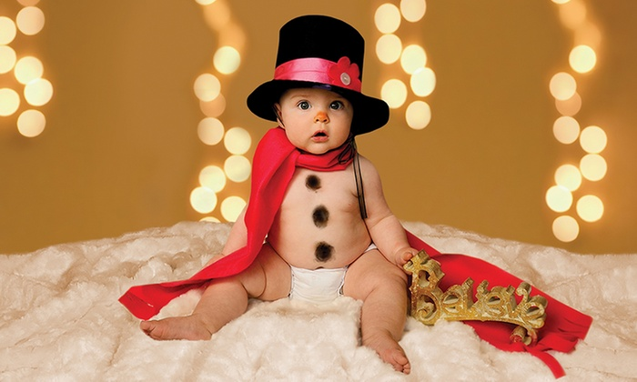 Studio One to One Photography - Multiple Locations: $16 for a 30-Minute Portrait Session with Holiday Cards at Studio One to One Photography ($329.60 Value)