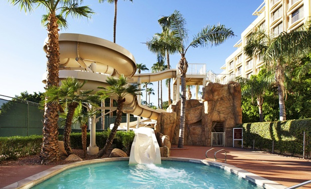 Sheraton Crescent Hotel North Mountain Stay With Dining Credit At In