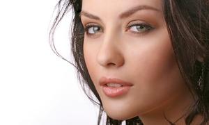 Helena Ramirez: 1 o 3 sesiones de limpieza facial con peeling ultrasónico y tratamiento específico desde 12,95 €
