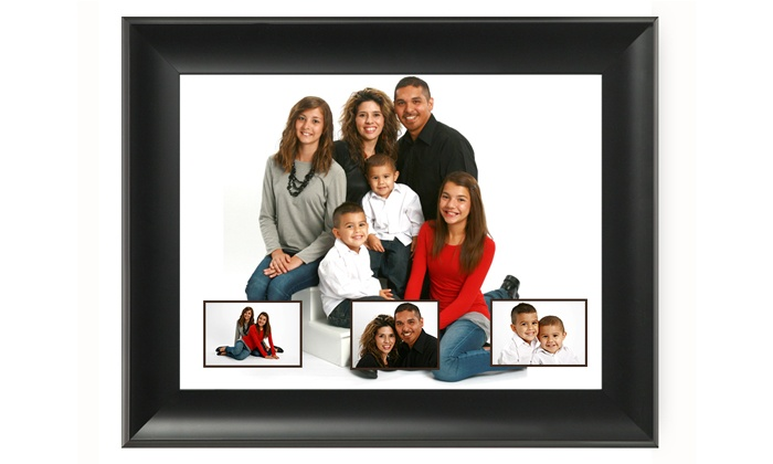 "Picture People - San Jose: $29 for an In-Studio Family Photo Shoot with 16""x20"" Collage at Picture People ($160 Value)"