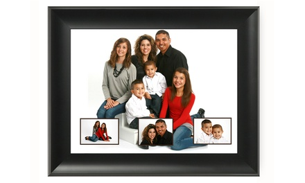 $29 for an In-Studio Family Photo Shoot with 16