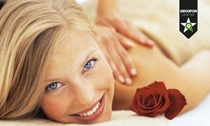 Luxury Estetica Milano (Via Parini): 3 o 5 massaggi a scelta da 50 o 60 minuti (sconto fino a 81%)