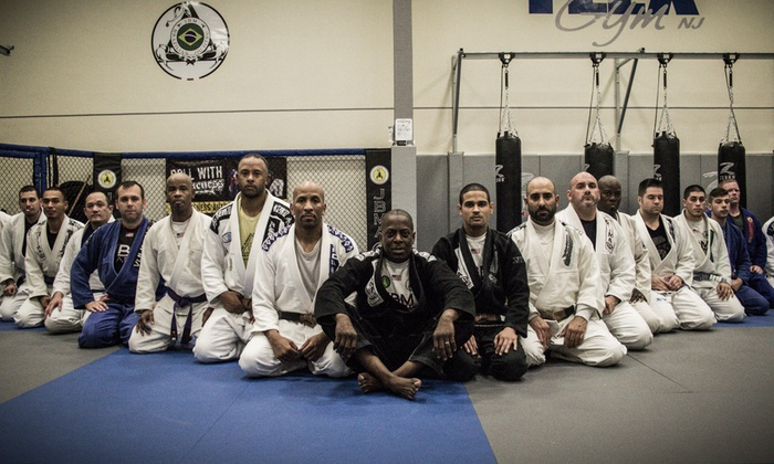 Jbm Jiu Jitsu Academy - Edgewater Park: Four Weeks of Unlimited Brazilian Jiu-Jitsu Classes at JBM Jiu Jitsu Academy (45% Off)