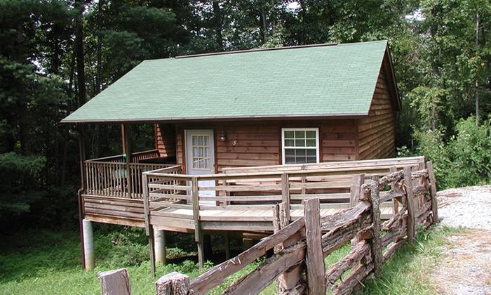 Nantahala cabins in bryson city nc livingsocial escapes for The cabins at nantahala