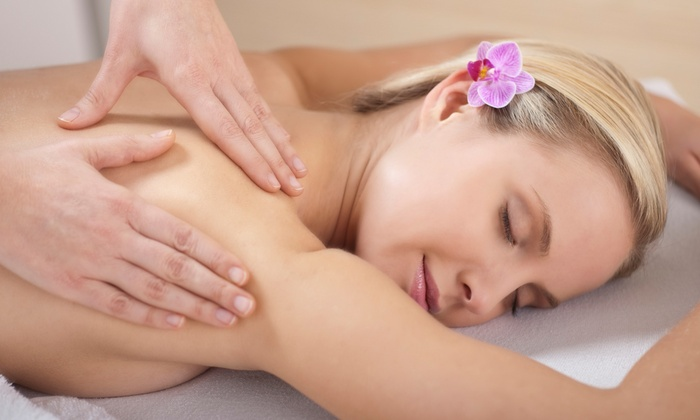 Troy Chiropractic Wellness & Massage Center - Troy: 60- or 75-Minute Massage or 3 Decompression Treatments at Troy Chiropractic Wellness & Massage Center (Up to 75% Off)