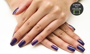 Esmalteria Rhelva Regina: Esmalteria Rhelva Regina – Jardim Camburi: 1, 2 ou 3 meses com manicure e pedicure