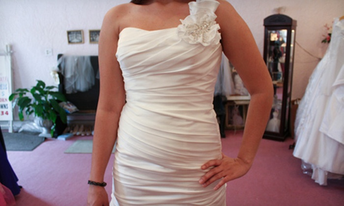 I Do Designer Bridal Consignment - Belmont Heights: Vintage and Used Bridal Fashions at I Do Designer Bridal Consignment (Up to 61% Off). Two Options Available.