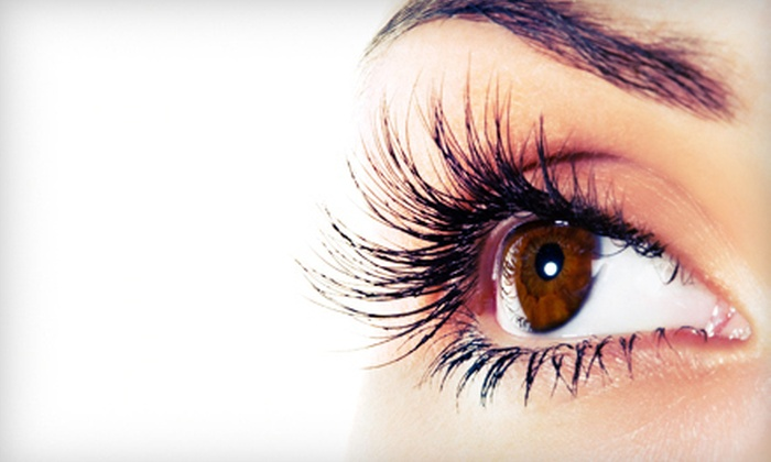 Statement Salon, Spa and Fitness - Downtown: $89 for Full Set of Eyelash Extensions at Statement Salon, Spa and Fitness (Up to $200 Value)