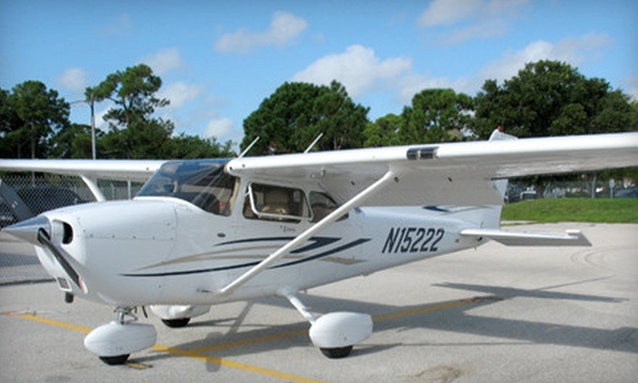 Paragon Flight Training - Fort Myers: $69 for a Flight Lesson Package from Paragon Flight Training ($139 Value)