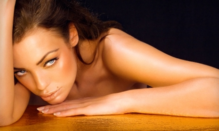 Glamour on the Go - Gainesville: $35 for Two Custom Air-Brush-Bronzer Sessions at Glamour on the Go ($70 Value)