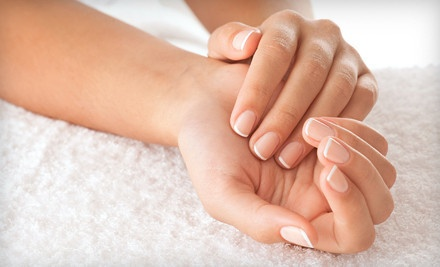 30-Minute Manicure with a Paraffin Treatment and Complimentary Champagne  - Jagged Edge Salon & Day Spa in Las Vegas