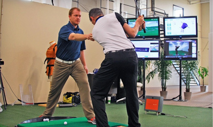 The Golf Lab - Vaughan: Golf Lessons with Practice Time or Club Evaluation at The Golf Lab in Vaughan (Up to 61% Off). Three Options Available.