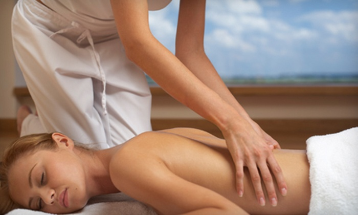 Vibrant Life Health and Wellness - Columbia: $35 for a One-Hour Customized Massage at Vibrant Life Health and Wellness in Columbia ($70 Value)