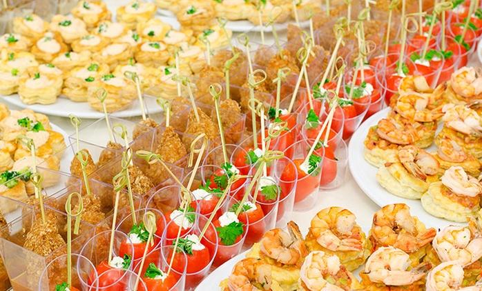 Catering salado para 12, 24 o 36 personas con envío gratuito dentro de la M-30 desde 54,90 €