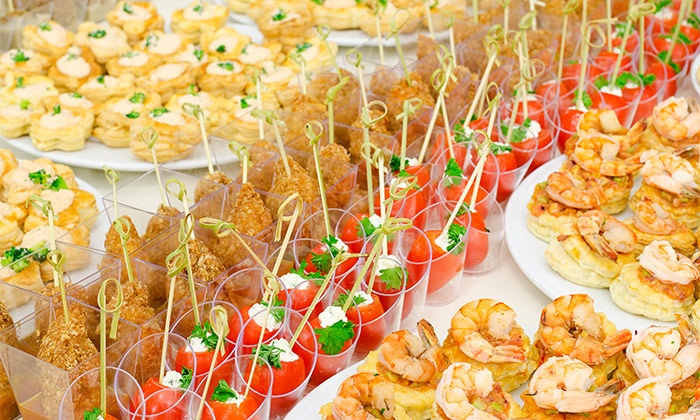 Produxit catering desde 54 90 legan s groupon - Decoracion de canapes ...