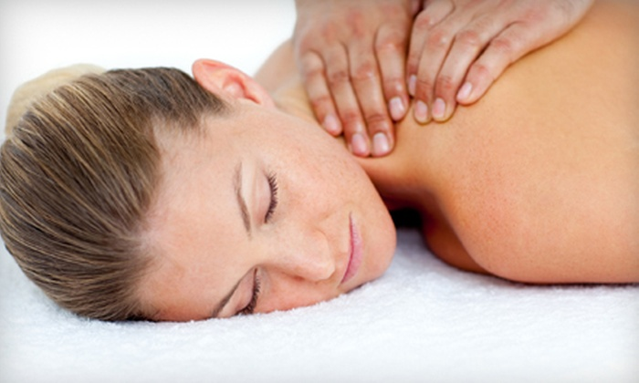Holt Chiropractic Center - Holt: $49 for a Chiropractic Package with Exam, Adjustment, and 60-Minute Massage at Holt Chiropractic Center ($184 Value)