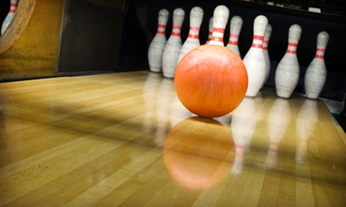 Sooner Bowling Center - Norman: $30 for One-Hour of Bowling and Shoe Rentals for Six People Plus $15 Worth of Pub Fare at Sooner Bowling Center (Up to $93 Value)