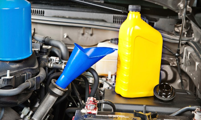 Meineke Car Care Center - Granada Hills South: $29 for Three Preferred Oil Changes at Meineke Car Care Center in Northridge ($89.85 Value)