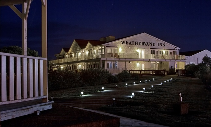 Lakefront Hotel in Quaint Michigan Town