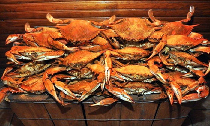 Blue Crab Trading Co.: $52 for a Dozen Maryland Blue Crabs from Blue Crab Trading Co. ($106.38 Value)