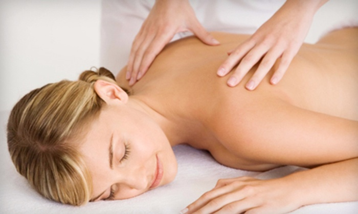 Massage Simple - Northridge: $27 for One-Hour Swedish or Deep-Tissue Massage at Massage Simple in Northridge (Up to $55 Value)