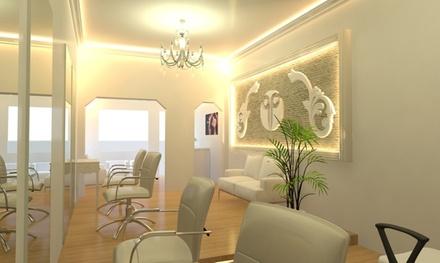 Peluquería con opción a tinte, mechas o tratamiento de queratina desde 14,95 € en Parlair Hairdressers And Beauty Shop