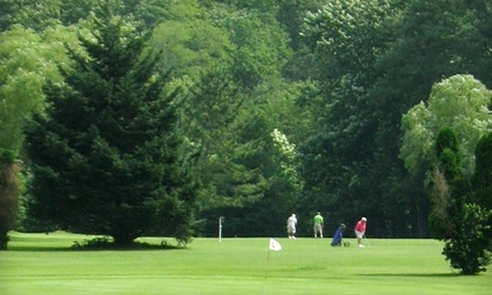 Midway Par 3 & Driving Range - Lewes: $10 for All-Day Golf and One Large Bucket of Range Balls at Midway Par 3 & Driving Range in Lewes (Up to $24 Value)