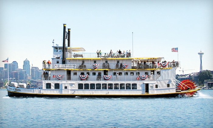 Queen of Seattle Paddle Wheel Cruises - South Lake Union,Belltown,Cascade: $19 for Two-Hour Cruise of Lake Union and Ship Canal from Queen of Seattle Paddle Wheel Cruises (Up to $39 Value)
