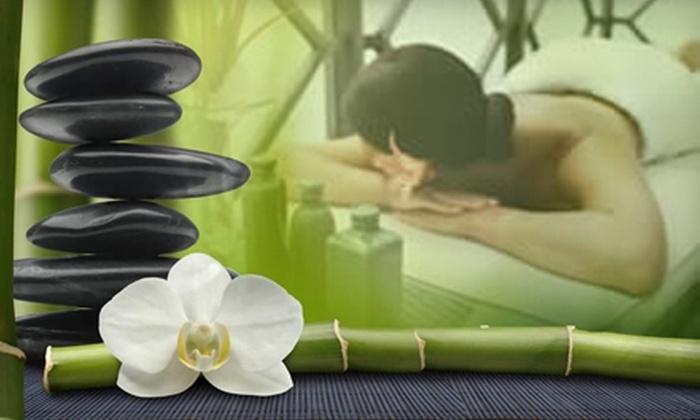 OneSpaRetreat - Niagara Falls: $65 for an Organic Mini Facial and 30-Minute Aromatherapy Massage at OneSpaRetreat
