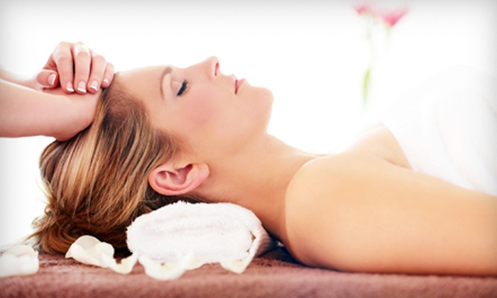 D'ames Day Spa  - San Diego: $119 for a Spa Package with Glycolic Facial, Body Scrub, and Lip Scrub at D'ames Day Spa ($260 Value)