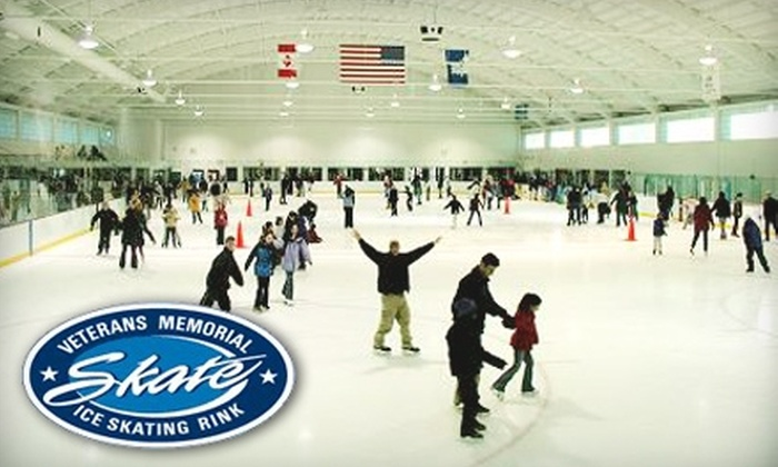 Veterans Memorial Skating Rink - West Hartford: $7 for Admission for Two to Veterans Memorial Skating Rink (Up to $14.50 Value)
