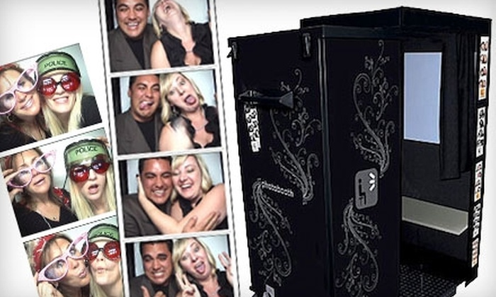 Photo Booth 5280 - Lincoln: Photo-Booth Rental from Photo Booth 5280. Choose Between Two Options.