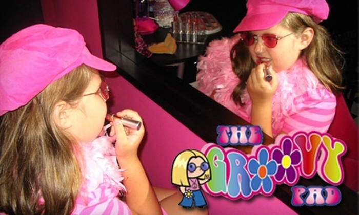 The Groovy Pad - Knoxville: $15 for a Mini-Groove Makeover Party at The Groovy Pad ($30 Value)