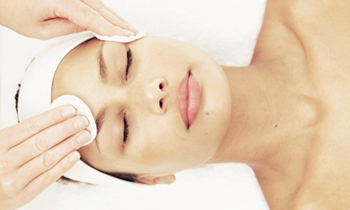 Marina Andre Salon - Encino: $59 for a Vitamin C Facial and Aromatherapy Package at Marina Andre Salon in Encino ($160 Value)