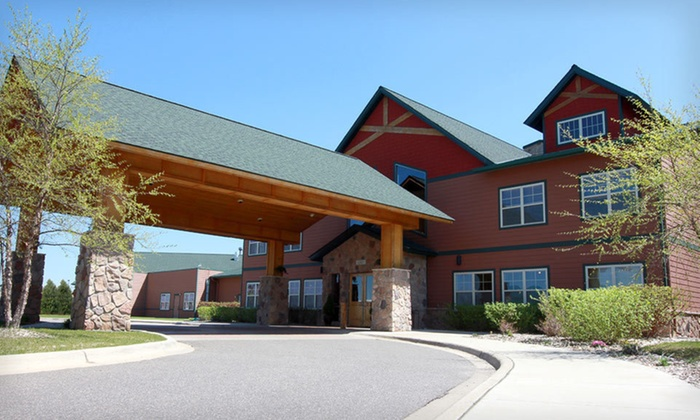 The Lodge at Brainerd Lakes - Lincoln School: The Lodge at Brainerd Lakes and Paul Bunyan Water ParkTwo- or Three-Night Stay with Water-Park Passes at The Lodge at Brainerd Lakes in Baxter, MN