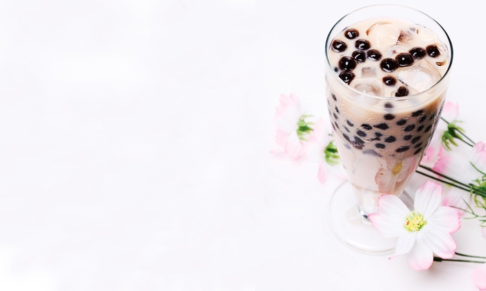 XO Boba - Roosevelt - Phalen Center: Two or Four Groupons, Each Good for One Regular-Size Bubble Tea, Smoothie, or Tea at XO Boba (50% Off)