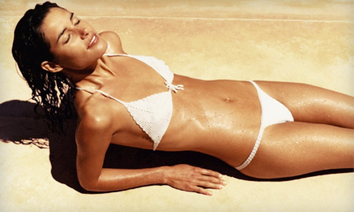 Chic Boutique - Squirrel Hill South: One, Two, or Four Airbrush Spray Tans at Chic Boutique (Up to 65% Off)