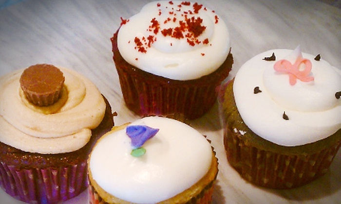 Have Cake! - Solana Beach: $9 for Six Regular and Six Mini Cupcakes at Have Cake! in Solana Beach ($18 Value)