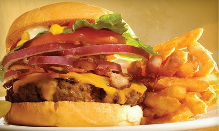 Maize Lounge - Downtown: $10 for $20 Worth of American Fare and Drinks at Maize Lounge