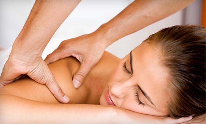 Soluna Holistic Spa - East Harlem: $45 for 75-Minute Massage Package Including One-Hour Upper-Body Massage and 15-Minute Aromatherapy Scalp Massage ($125 Value)