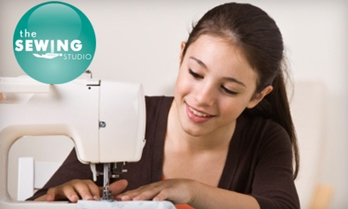 The Sewing Studio LA - Old Pasadena: $69 for Four Intro Sewing Classes and Sewing Machine Rental at The Sewing Studio ($150 Value)