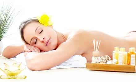Pulizia viso, ceretta, massaggio