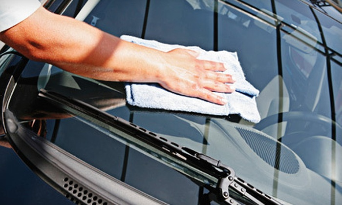 Roadrunner Car Wash - Highland, Stoner Hill: $10 for an Ultra Car Wash at Roadrunner Car Wash ($20.95 Value)