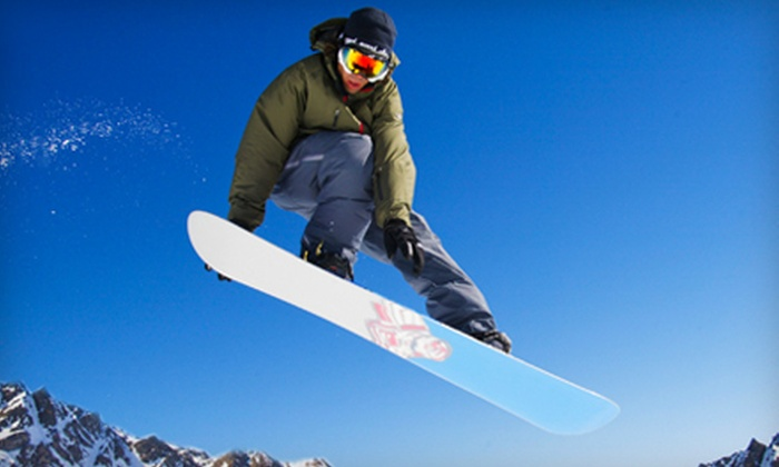 The Movement - Old Town Orange: $20 for a Snowboard or Ski Tune-Up at The Movement ($39.95 Value)