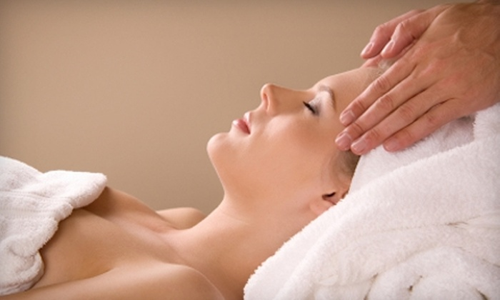 Moyer Total Wellness - Denver: $39 for a 55-Minute Custom Massage and One-Year Massage Membership at Moyer Total Wellness ($158 Value)