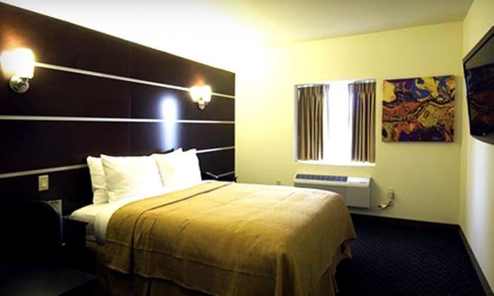Hotel of the Arts Days Inn Milwaukee - Halyard Park: $45 for a One-Night Stay at Hotel of the Arts Days Inn Milwaukee (Up to $89 Value)